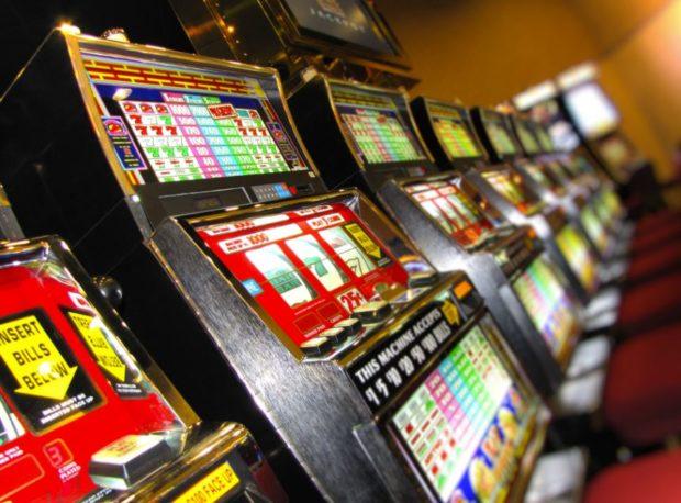 Бесплатно игровые автоматы азарт без регистрации скачать бесплатно игры игровых автоматах